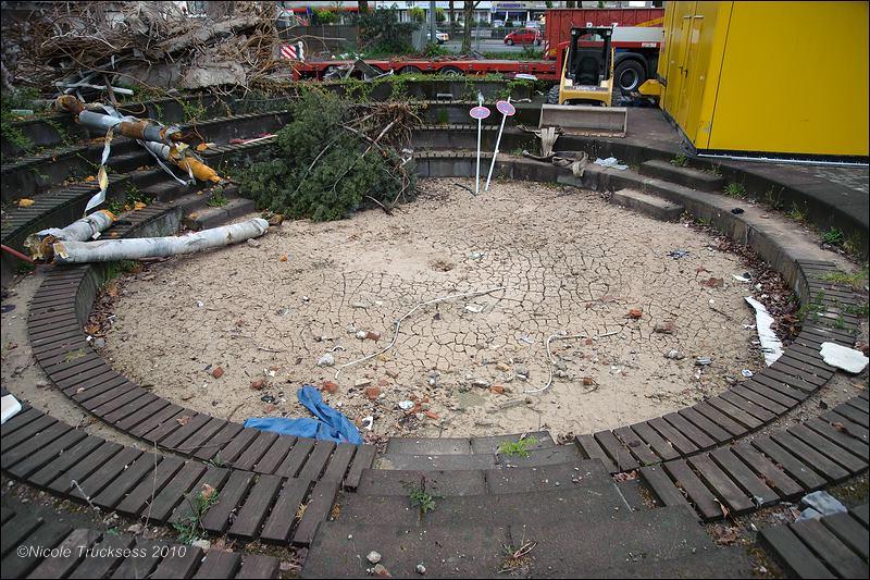 Sie betrachten ein Bild aus dem Artikel: Abriss der Stadtbücherei